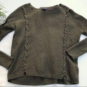 AMERICAN EAGLE Chunky Braided Knit Sweater Medium